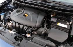 Хендай Элантра, моторный отсек, 4 поколение, корейские автомобили